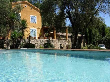 Mas piscine priv e pr s de saint paul de vence et nice la gaude alpes maritimes location - La villa berkel par paul de ruiter ...