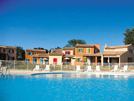 R sidence touristique piscine en pays de sault aux for Piscine pierrevert