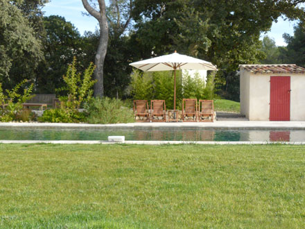Villa piscine priv e proche d 39 aix en provence saint for Astral piscine st cannat