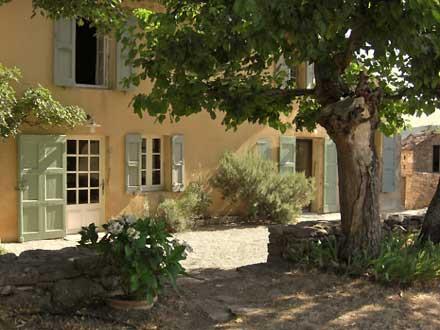Maison en provence grandes demeures pour 9 personnes et plus - Maisons provencales photos ...