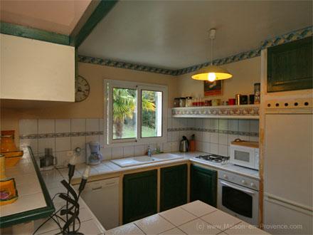 location villa bagnols sur c ze gard ref m587. Black Bedroom Furniture Sets. Home Design Ideas