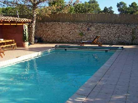 Villa piscine priv e quartier r sidentiel proche du for Piscine nemausa nimes tarifs