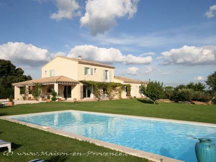 Villa à Estézargues