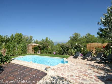 Villa au domaine du golf piscine priv e beau jardin paysag au coeur du domaine du golf - Pont royal en provence office du tourisme ...