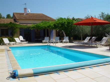 Mas piscine priv e typique village du luberon for Piscine 62