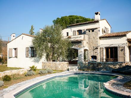 D co maison jardin herault location besancon 23 for Jardin anglais marseille