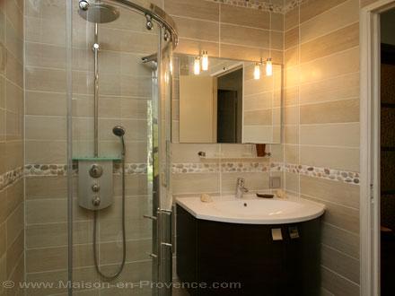 maison en provence villa nans les pins var disponibilit s et tarifs promotions pour. Black Bedroom Furniture Sets. Home Design Ideas