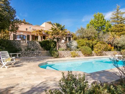 villa piscine priv e proche de buis les baronnies et vaison la romaine mollans sur ouv ze. Black Bedroom Furniture Sets. Home Design Ideas