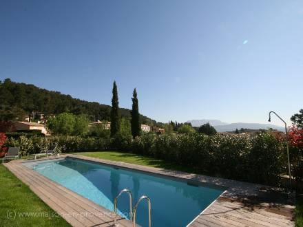 Villa piscine priv e proche d 39 aix en provence for Location vacances bouches du rhone piscine