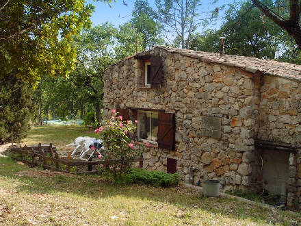 Provençal stone-built detached house in Fayence