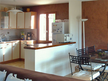 location villa le beausset var ref m704. Black Bedroom Furniture Sets. Home Design Ideas