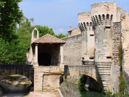 Villa piscine priv e au pied du mont ventoux pernes - Office du tourisme pernes les fontaines ...