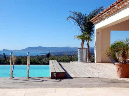 villa piscine priv e vue mer panoramique la cadi re d 39 azur var location de vacances n 719. Black Bedroom Furniture Sets. Home Design Ideas