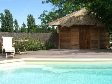 Maison en provence villa puyricard bouches du rh ne for Location vacances bouches du rhone piscine