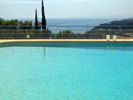 Location villa saint raphael piscine for Piscine saint raphael