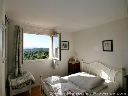 Location appartement saint rapha l var ref m756 for Chambre de commerce saint raphael