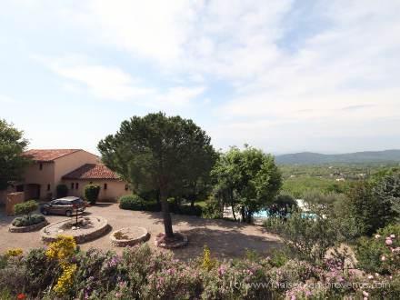 Villa piscine priv e vue panoramique st c zaire sur siagne alpes maritimes location de - La table du village auribeau sur siagne ...
