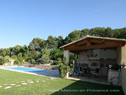 Villa piscine priv e c t du golf de pont royal en provence vern gues bouches du rh ne - Pont royal en provence office du tourisme ...