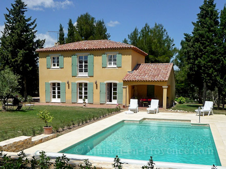 Holiday detached villa private pool near golf practice for Chambre de commerce bouches du rhone