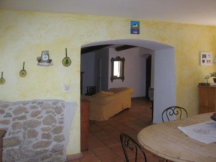 Location mas proven al salon de provence bouches du for La salle a manger salon de provence