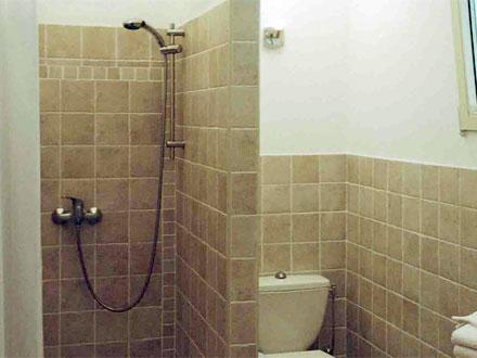 location appartement figani res var ref m826. Black Bedroom Furniture Sets. Home Design Ideas