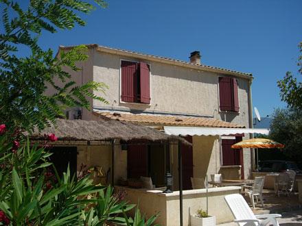 Villa � Caromb