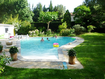 villa piscine priv e 5 minutes du centre ville d 39 aix en provence aix en provence bouches. Black Bedroom Furniture Sets. Home Design Ideas