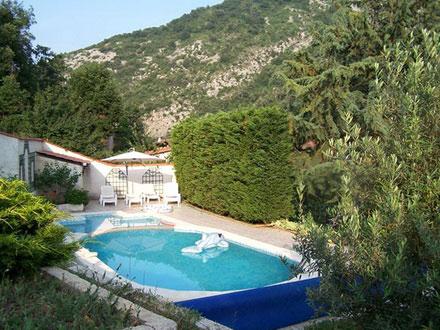 Location maison ardeche avec piscine for Vacance en ardeche avec piscine