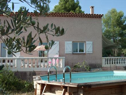 Maison de village � La Verdi�re